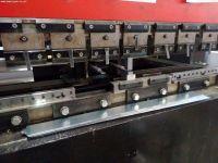 Prasa krawędziowa hydrauliczna CNC AMADA ITPS 8025 80 T 1991-Zdjęcie 3