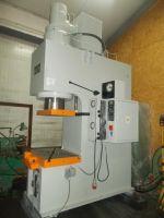 Prensa hidráulica tipo C VEB Wema Zeulenroda PYE 250 SSM
