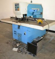 Punching Machine EUROMAC CX 75030 CNC 2002-Photo 2
