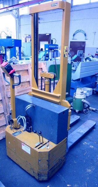 Front Forklift BAKA EGV  60 - 1210  BA 1993