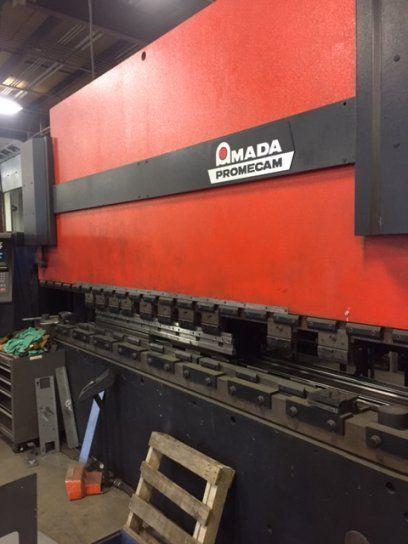 CNC Hydraulic Press Brake AMADA HFB2204 1995
