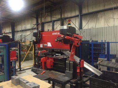 CNC Hydraulic Press Brake AMADA ASTRO 100NT 2007