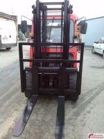 Front Forklift Yuchai 3 T 2006-Photo 4