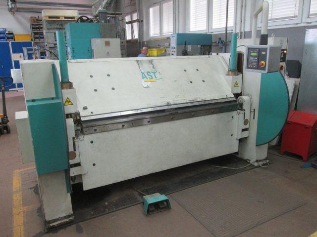 Folding Machines for sheet metal FASTI 212 2002