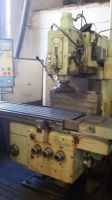 Universal-Fräsmaschine TOS FGSV 32