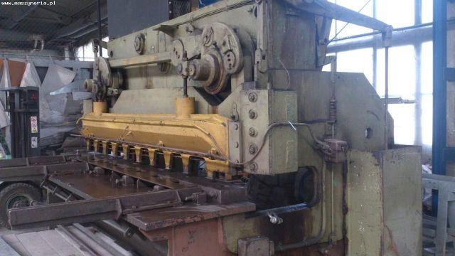 Nożyce gilotynowe mechaniczne ZAMECH NG 13 1955