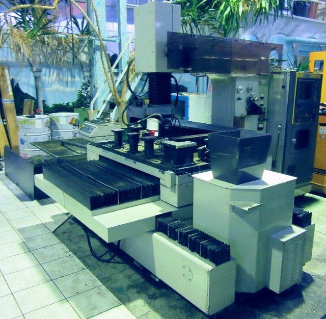 Drahterodiermaschine FANUC / MATRA TAPE  CUT  T 1986