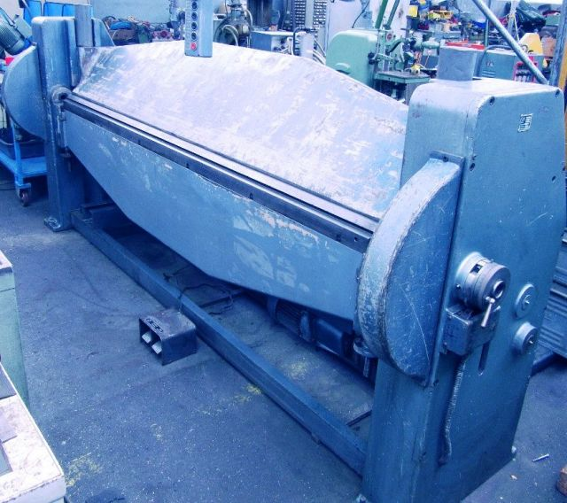 Folding Machines for sheet metal RAS 68 / 3 1963