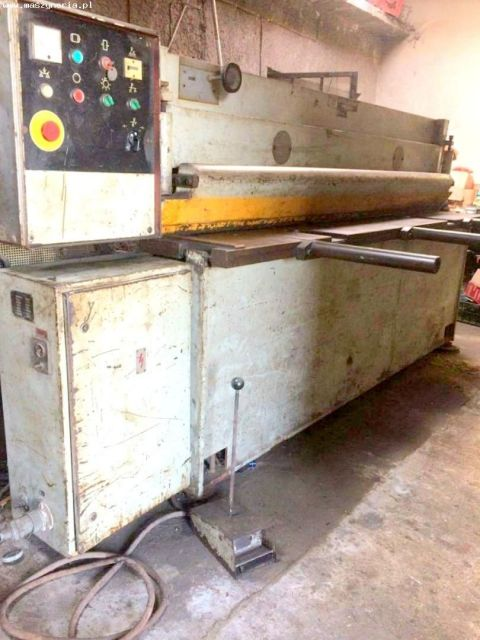 Mechanical Guillotine Shear STROJARNE PIESOK NTC 2500/4 1986
