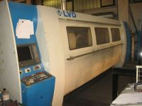 Máquina de corte por láser 2D LVD AXEL 3015