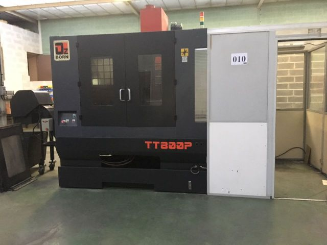 CNC de prelucrare vertical LK MACHINERY MT800-P 2010