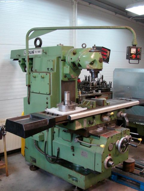 Universal Milling Machine LAGUN FU 1600 1990