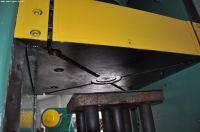 Prasa hydrauliczna bramowa Ponar-Żywiec PHM 160 D 1992-Zdjęcie 11