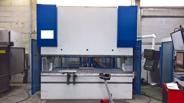 CNC hydraulický ohraňovací lis EHT ECOPRESS 225-30 2000