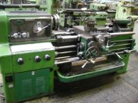 Universal-Drehmaschine ZMM BULGARIA C11M/1000