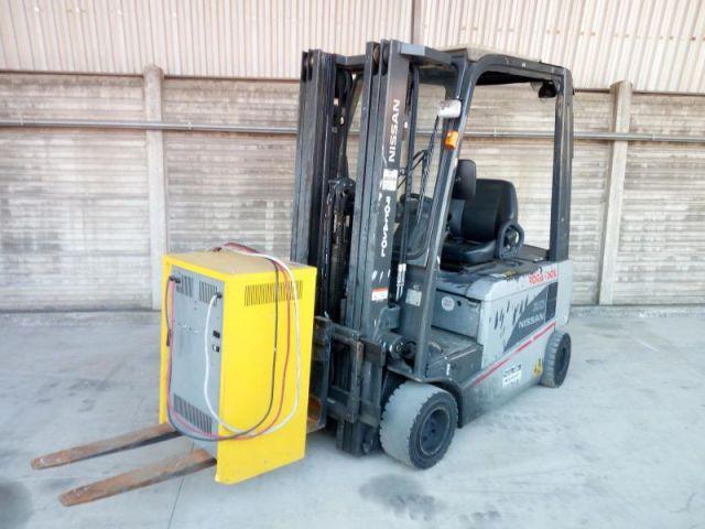 Wózek widłowy czołowy NISSAN TX4-20 2012