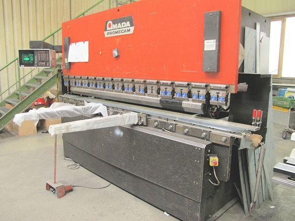 CNC Hydraulic Press Brake AMADA ITS 125 - voll Zubehör 1991