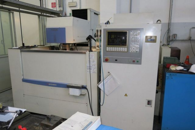 Wire Electrical Discharge Machine MITSUBISHI FX30K 2001