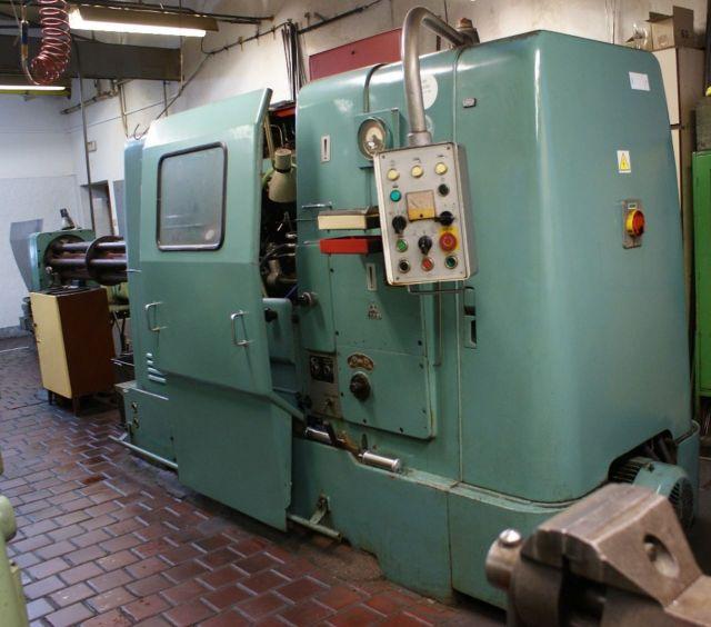 CNC Automatic Lathe ZPS AN 6/25 1997