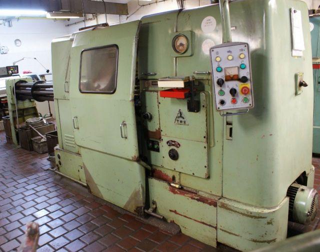 Automat tokarski wielowrzecionowy ZPS AN 6/25 1975