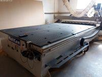 Centrum frezarskie pionowe CNC MULTICAM 3000