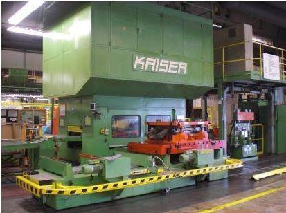 Presse mécanique à arcade KAISER V 250 WR/2340 1990