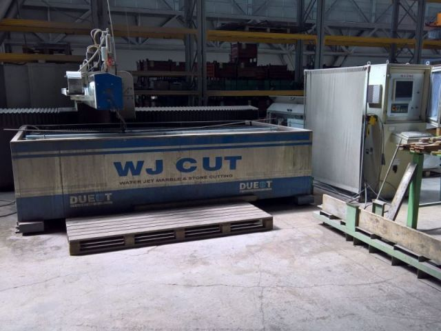2D waterjet Due T AXQUA 2009
