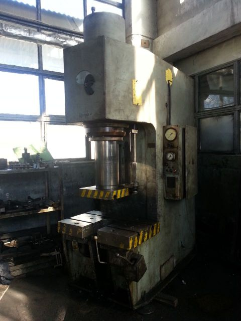 C Frame Hydraulic Press Stanko P6334 1990