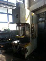 C-runko hydraulisen puristimen Stanko P6334