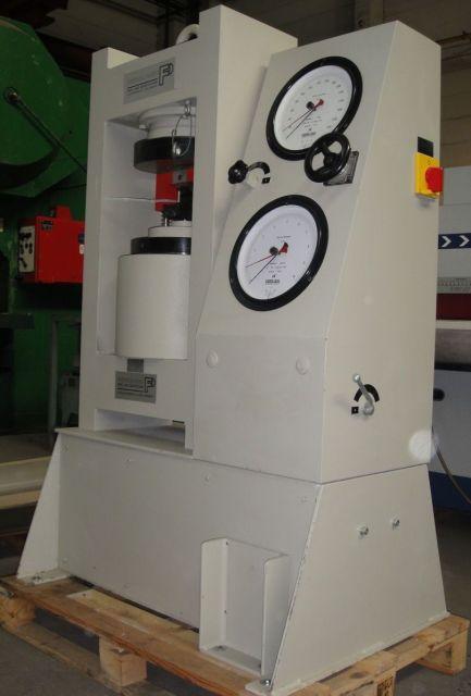 H Frame Hydraulic Press FRITSCHI 101 E 3000 A 1992