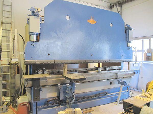 CNC Hydraulic Press Brake EHT EHPS 11-40 1987