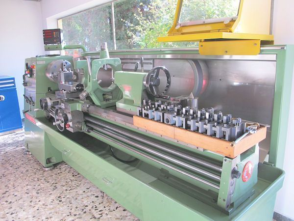 Single Spindle Automatic Lathe COLCHESTER Mastiff 1400 1989
