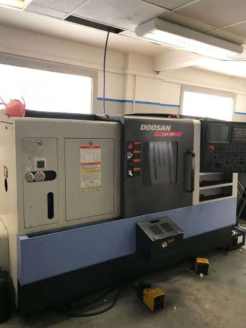 Turning and Milling Center DOOSAN LYNX 300 2014