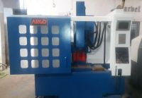 CNC вертикална машинни център  A-5