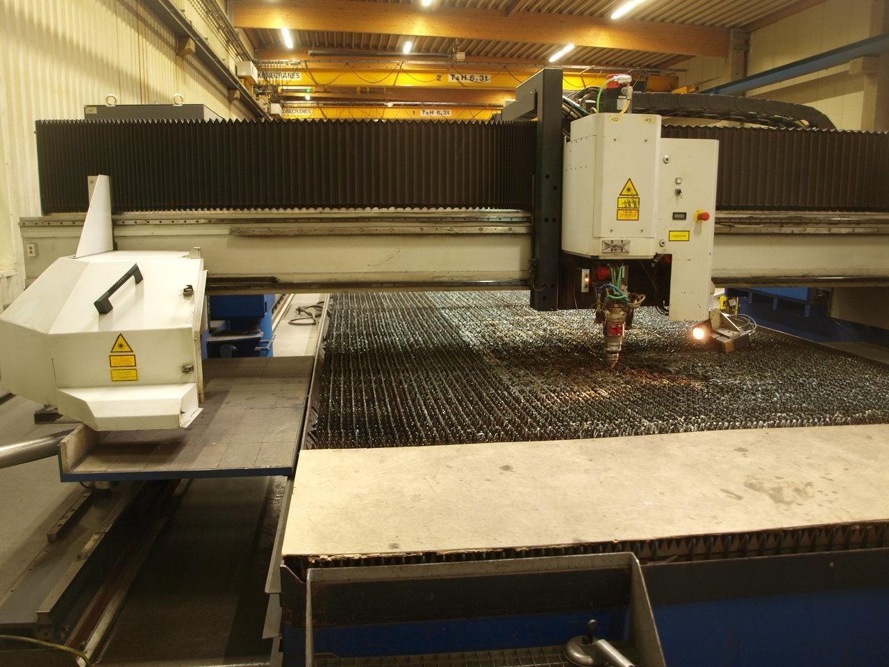 Лазерный станок 2D MESSER GRIESHEIM Lasermat 3200