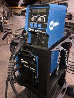 Multi-spot Welding Machine MILLER Invision 352 MPa 2013-Photo 3
