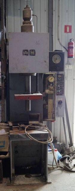 C ramme hydraulisk trykk ERFURT PYE 10 S/M1 1983