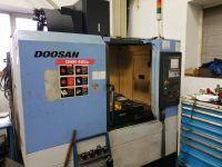 CNC Vertical Machining Center DOOSAN DNM 400 A