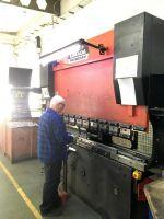 CNC Hydraulic Press Brake AMADA HFB 8025 1997-Photo 4