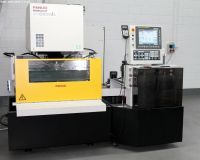 Wire Electrical Discharge Machine Fanuc ROBOCUT ALPHA C600IA 5 AWF 2015-Photo 3