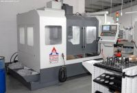 CNC centro de usinagem vertical  ER VMC 1263 A