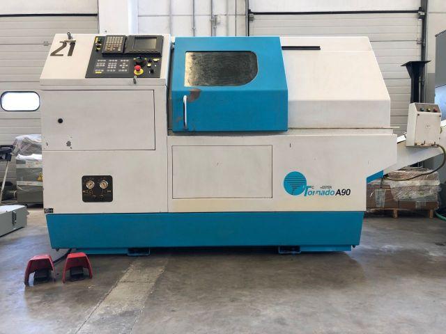 Tornio  CNC COLCHESTER TORNADO A 90 2001