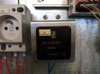CNC Vertical Machining Center HURON K2X8 FIVE 2013-Photo 9
