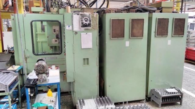 Versnelling vormgeven machine TOS OHA 32 CNC 1989