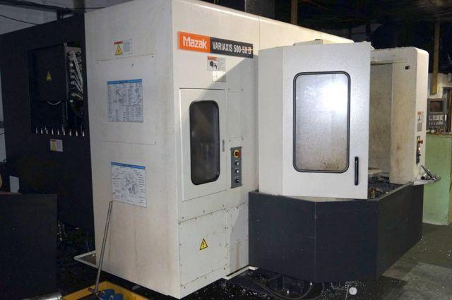 CNC Vertical Machining Center MAZAK Variaxis 500 5x-II 2007