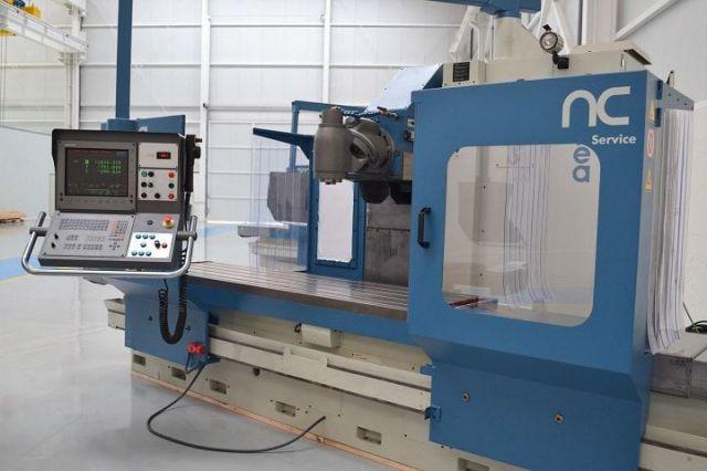 Fresadora CNC CORREA CF22/25 (9671905) 1998