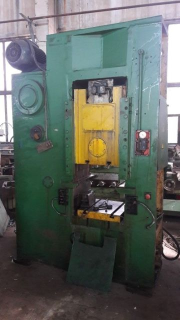 Knuckle Joint Press BARNAUL KB8336(400T) 1985