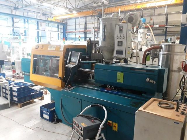 Plastics Injection Molding Machine BOY 50 M 1997