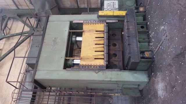Prasa hydrauliczna bramowa HYDRAULICO HP500 1995