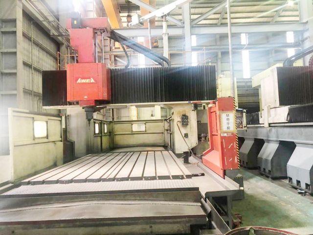 CNC Vertical Machining Center HM 0420 AWEA TAIWAN LP-4025 2000